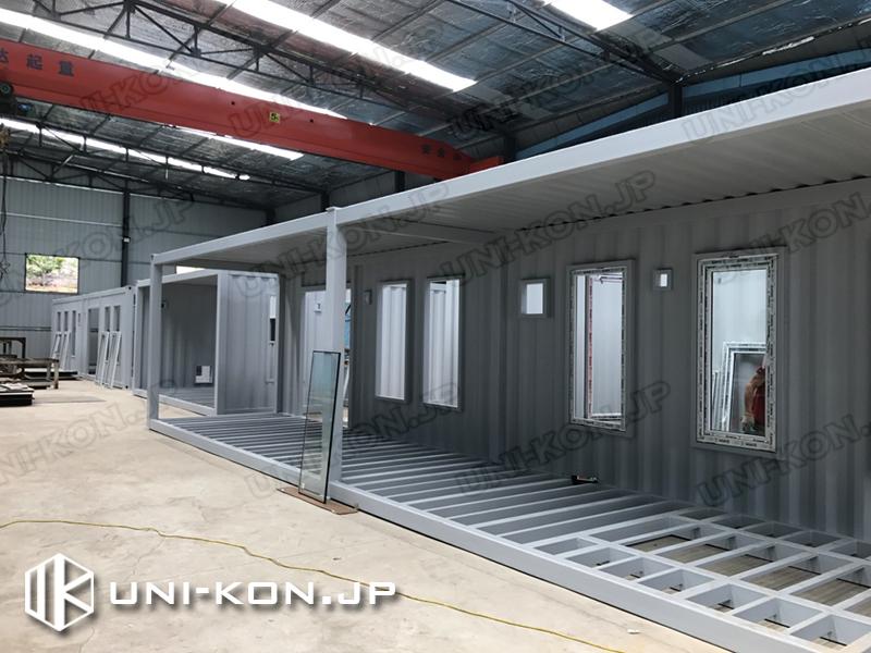 Uni-Konコンテナハウス品質:整理整頓、整った生産工場環境